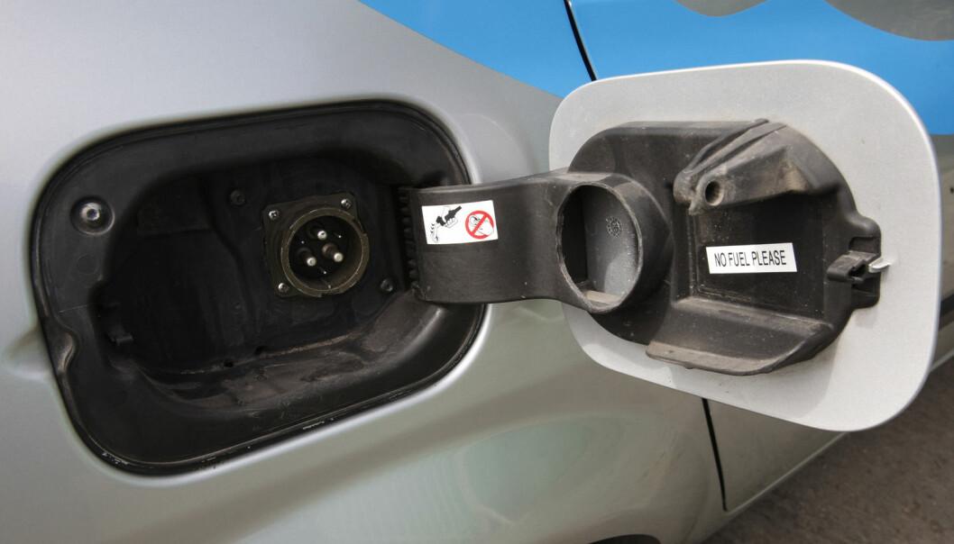 – Den som mener at vi like gjerne kan kjøre rundt i bensinbiler fordi hvis ikke vi slipper ut CO2, så vil folk i andre land gjøre det, representerer en utviklingspessimisme som bare skaper handlingslammelse, sier professor Knut H. Sørensen ved NTNU.  (Foto: Scanpix, Gil Cohen Magen)