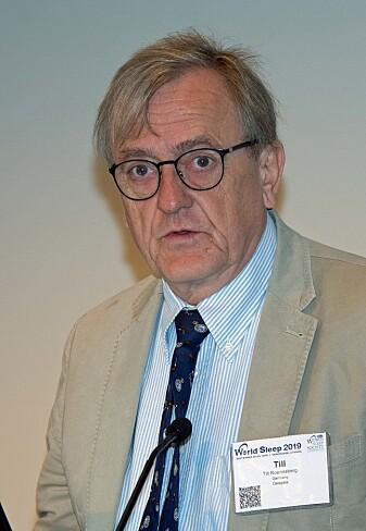 Till Roenneberg prøver å vise i praksis hvordan døgnrytmens idealsamfunn kan se ut. (Foto: Georg Mathisen)
