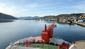 Polarstern la fra kai i Tromsø og satte kurs mot Arktis fredag 20. september. (Foto: Karine Nigar Aarskog)