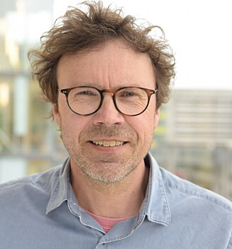 Professor Pål Rasmus Njølstad har analysert genomet fra over 18000 barn, på jakt etter genvarianter som kan påvirke barnas vekst og utvikling. (Foto: Kim Andreassen, UiB)