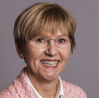 Ved bruk av språkvitenskapelig metode har professor Trine Dahl undersøkt bruk av nøkkelord i tre oljeselskapers klimarapportering. (Foto: Marit Hommedal)