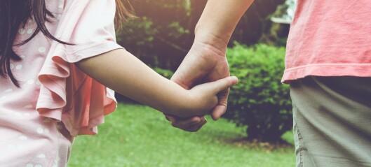 Samler forskning på effekt av tiltak for barn og unges psykiske helse og velferd