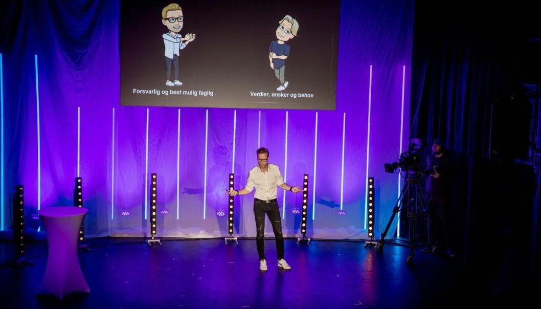 Stig Bjønness var nylig deltaker i den regionale finalen av Forsker Grand Prix i Stavanger. Her presenterte han prosjektet sitt på fire minutter foran en jury og publikum. (Foto: Mari Løvås)