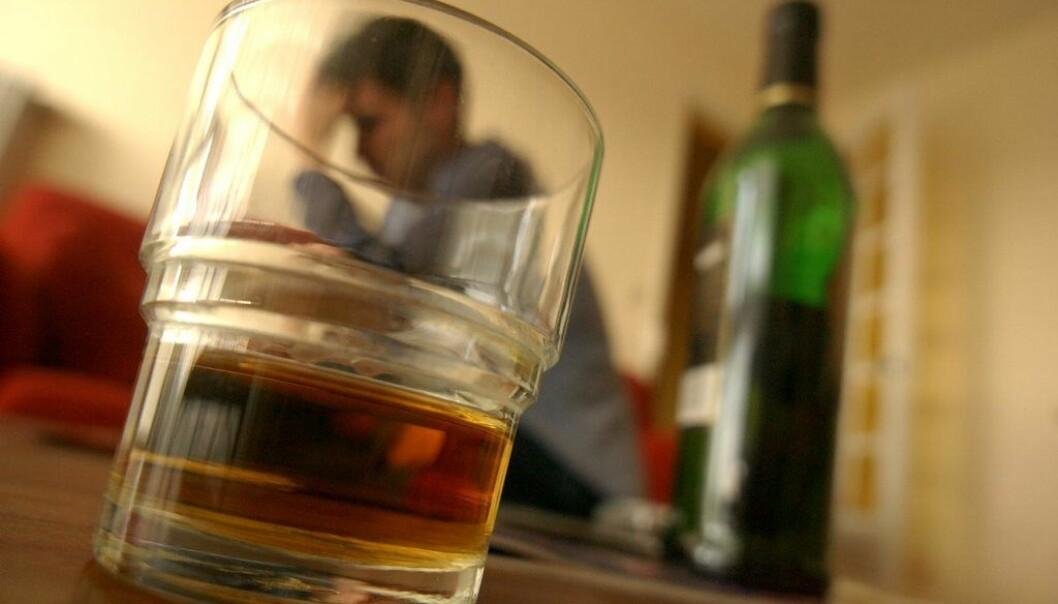 Depressive symptomer er de samme uavhengig av om pasienten drikker eller ikke. (Illustrasjonsfoto: Colourbox)