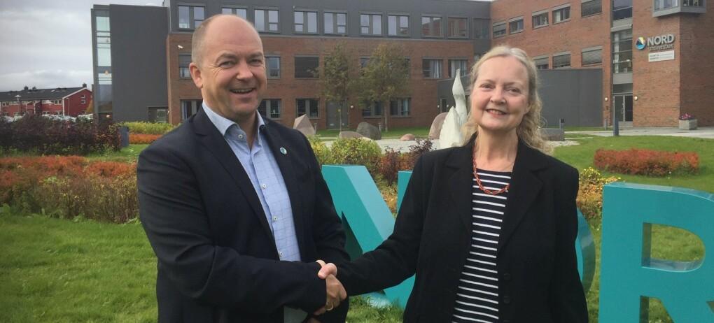 Faggruppelærer Morten Edvardsen og professor Janice Bland skal videreutvikle lærerutdanninga ved Nord universitet med midlene. (Foto: Reinhold Bland)