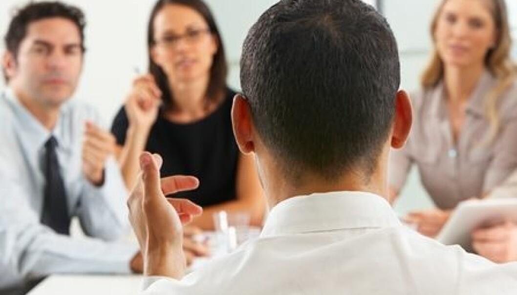 Bedrifter med et sterkt styre vil sjeldnere svekkes av grådige ledere. Colourbox