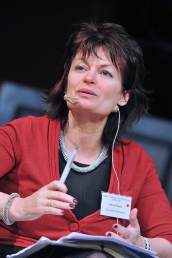 Anne Glover er rådgiver for EU-kommisjonens president. Hun mener vi ikke gjør nok for å begrense bruken av antibiotika. (Foto: Friends of Europe)