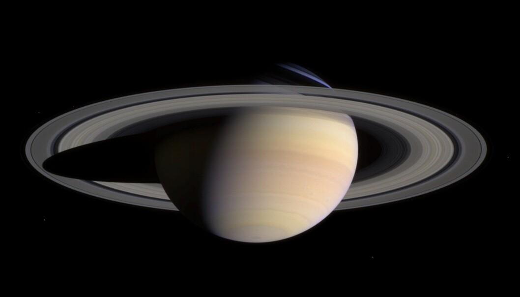 Saturn er nå den planeten hvor det er funnet flest måner i solsystemet. (Bilde: NASA / JPL / Space Science Institute)