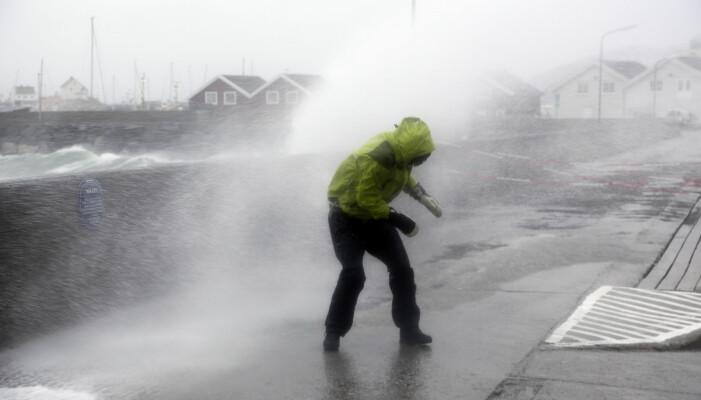 Ekstremværet «Ole» traff land ved Bodø i 2015. Foto: Marius Helge Larsen / NTB scanpix