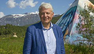 Dagfinn Høybråten leder en uavhengig kommisjon som skal revurdere fornorskingspolitikken og dens urett overfor samer, kvener og norskfinner. (Foto: Inger Elin Utsi)