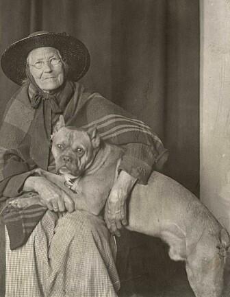 Lisa Kristoffersen var Oslos første dyrevernaktivist. (Foto: Ukjent/Oslo Museum)