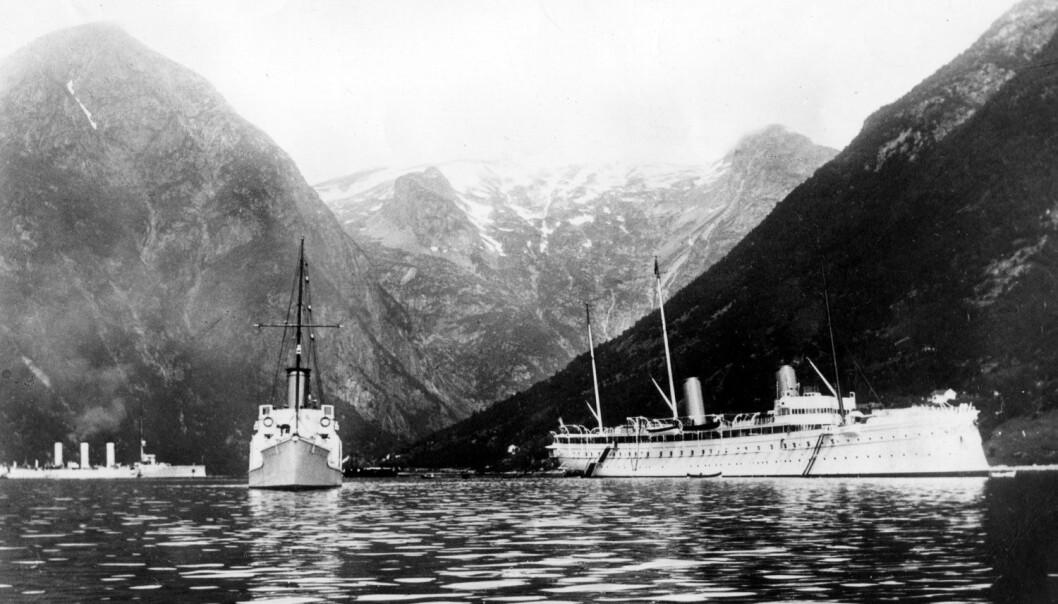 Keiser Wilhelms skip med følgeskip i Norge trolig like før krigsutbruddet i 1914. (Foto: NTB Scanpix)