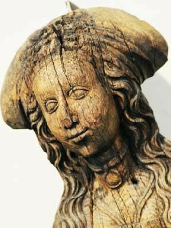 St. Sunniva var en populær helgen i senmiddelalderen. Forskere går nå løs på en lenge oversett del av norsk kirkekunst. Kan de få denne gamle kunsten til å fortelle oss mer? (Foto: Ola Sæther, Uniforum/UiO)
