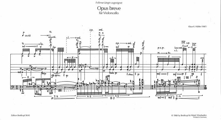 Her det komplekse partituret på Klaus Hüblers Opus breve.