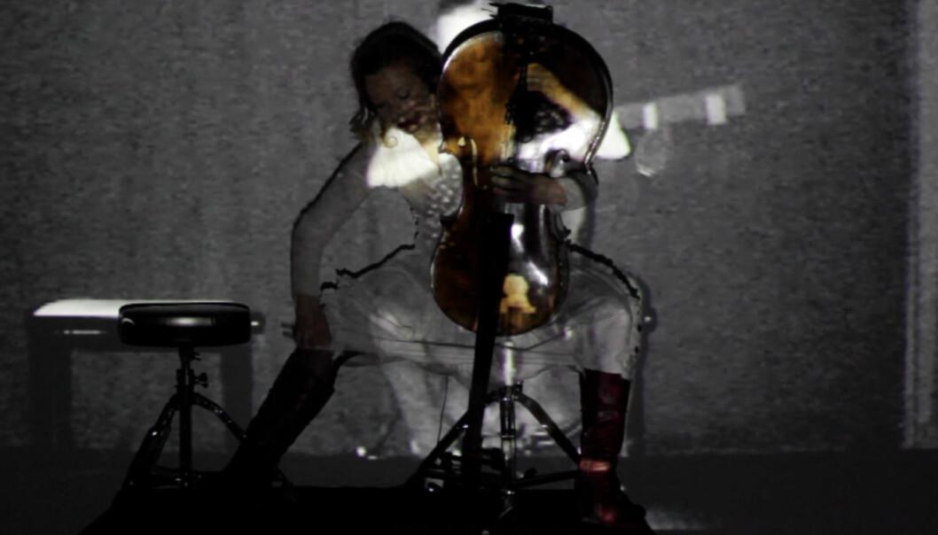Samtidsmusikk forvandler både cello og cellist