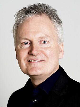 UiO-direktør Arne Benjaminsen er trygg på at han får beskjed når noen mener at de administrative oppgavene går ut over den faglige jobben. (Foto: Anders Lien, UiO)