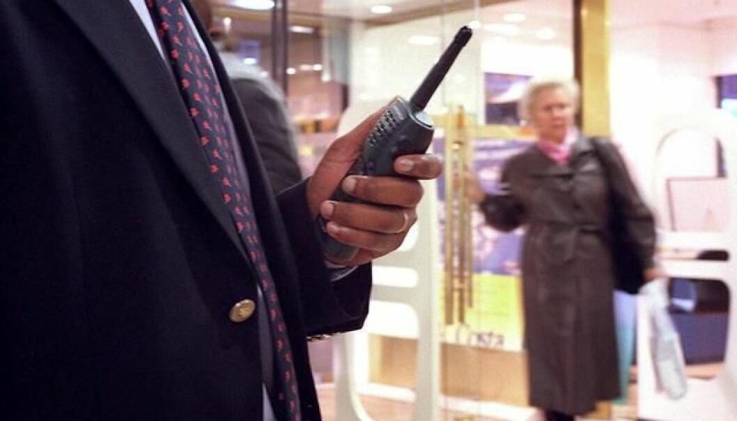 Bruken av hemmelige politimetoder som spaning og overvåking av elektronisk kommunikasjon har økt, til tross for at det forskes lite på effekten. Foto: Colourbox)