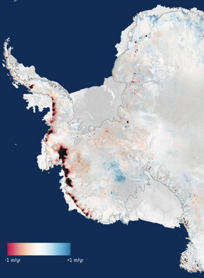 Dronning Maud Land (øverst) holder stand. Men du verden som det har smeltet ut mot Amundsen-havet (til venstre) de siste årene. (Foto: (ESA))