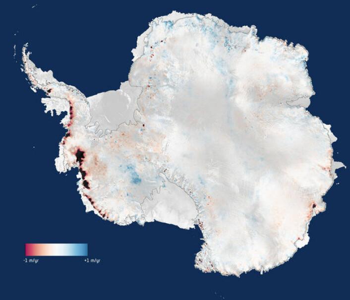 De nyeste målingene fra ESAs satellitt CryoSat viser at Antarktis mistet 159 milliarder tonn is hvert år (markert i rødt og svart) fra 2010 til 2013. Smeltingen skjer spesielt raskt i Vest-Antarktis. Grafikk: (Foto: CPOM/Leeds/ESA)