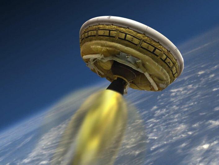 Illustrasjonen viser hvordan NASAs Low-Density Supersonic Decelerator (LDSD) ble sendt opp med rakett til 55 kilometers høyde over Hawaii for utprøving den 28. juni 2014. Teknologien skal brukes til å myklande tyngre nyttelaster på Mars, der lufttrykket er så lavt at oppbremsingen blir svakere enn på jorda. (Foto: (Illustrasjon: NASA/JPL))