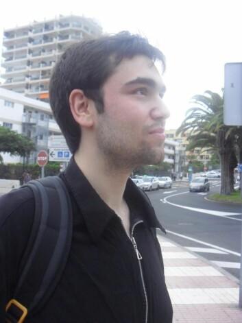 Stipendiat Amir Hammami ved Institutt for teoretisk astrofysikk på Universitetet i Oslo. (Foto: privat)