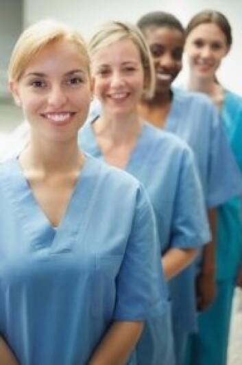 Andelen sykepleiere som jobber deltid seks år etter fullført utdannelse er gått ned til 25 prosent. (Foto: Shutterstock)