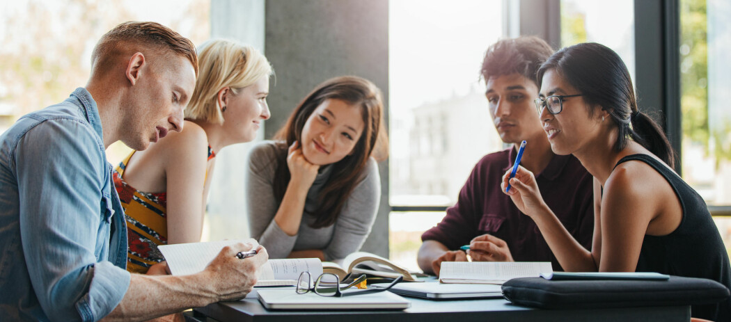En årlig, nasjonal undersøkelse kartlegger hvilke oppfatninger studentene har av utdanningene de tar. (Illustrasjonsfoto: Jacob Lund / Shutterstock / NTB scanpix)