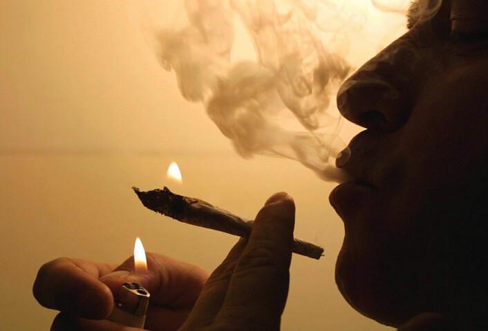 Misbrukere blir rastløse og irritable av dopamin. (Foto: Colourbox)
