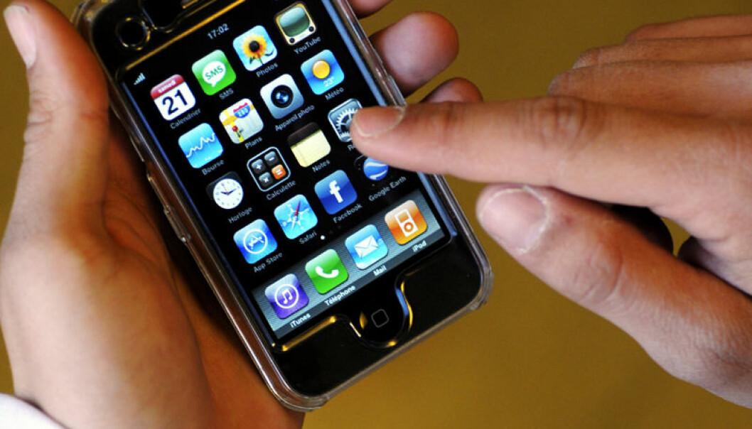 Deltagerne rapporterte hva de spiste, når de sov, og om de reiste på smart-telefon. (Illustrasjonsfoto: www.colourbox.no)