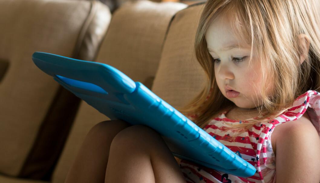 Høy skjermbruk kan hemme barns utvikling