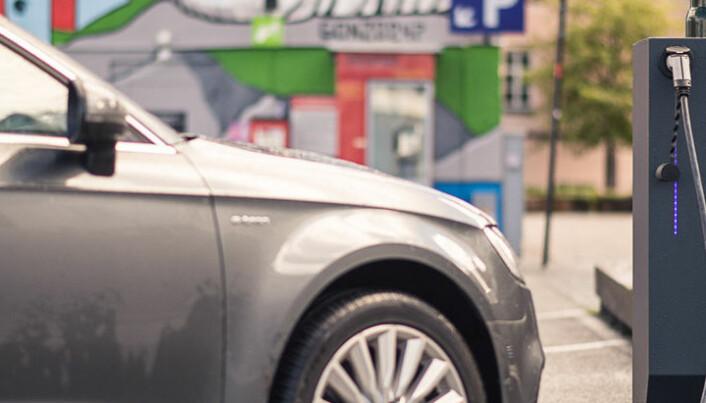 Dataverktøy finner gatelykter som kan gi elbiler strøm