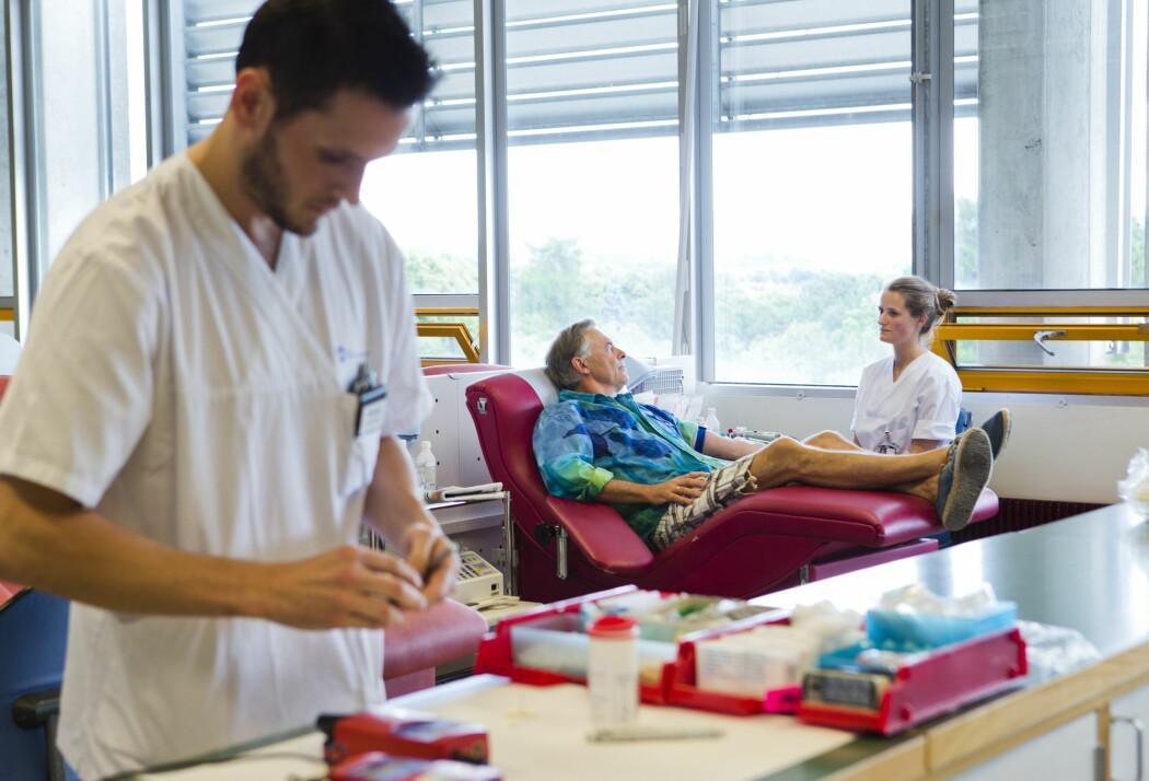 Medisinstudenter må ha en LIS1-stilling for å kunne jobbe som leger. Jobbusikkerheten er en av grunnene til at flere medisinstudenter enn andre studenter søker psykologisk helsehjelp, mener fagfolk. (Foto: Berit Roald / NTB scanpix)