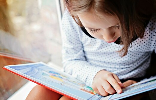 Here's how you help kids crack the reading code