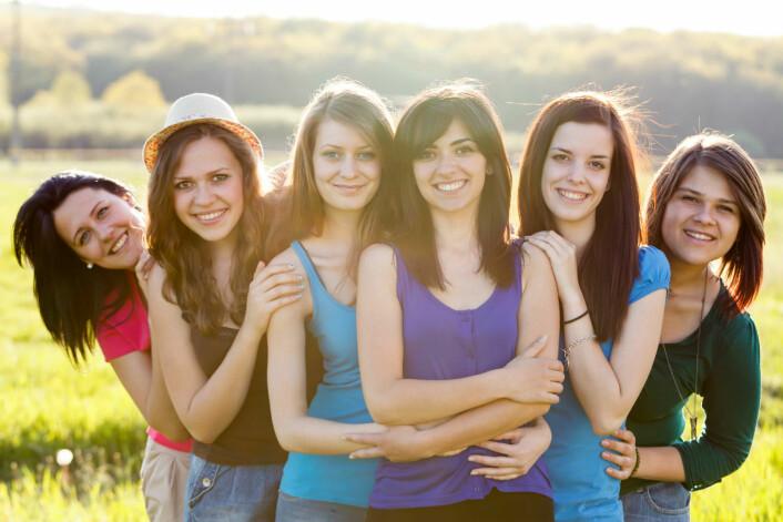 Selv om den nye studien viser at en rekke gener er involvert, kan de bare forklare 60 prosent av tidspunktet for første menstruasjon. Resten er livsstilsbetinget. (Foto: Microstock)