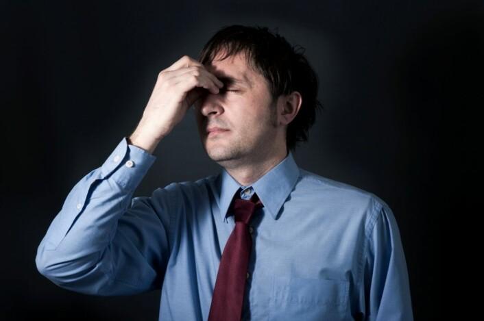 Det demper sjefens stress at de ansatte er fornøyd med det han gjør. (Foto: Colourbox)