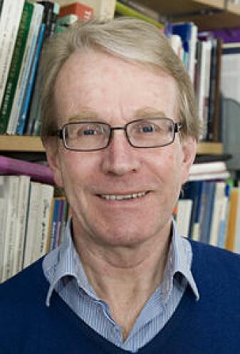 Jan Eivind Myhre er professor emeritus i historie ved Universitetet i Oslo. Han er spesialist på Norges historie på 1800-tallet. (Foto: Francesco Saggio / Apollon)
