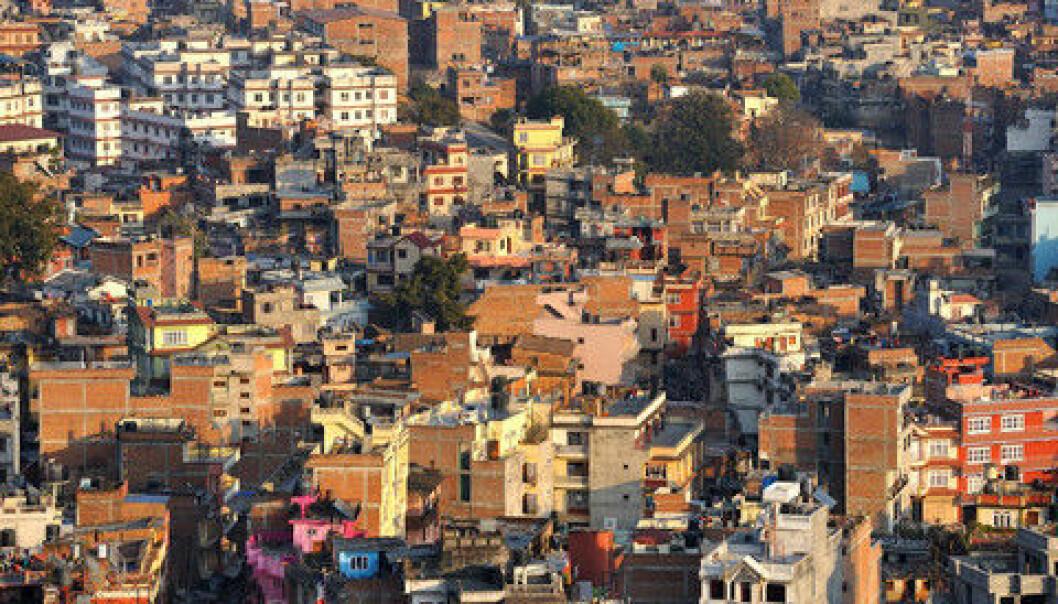 Kronikkforfatterne etterlyser mer kunnskap om ulovlige pengestrømmer fra fattige land. Bildet viser Kathmandu City i Nepal. Colourbox