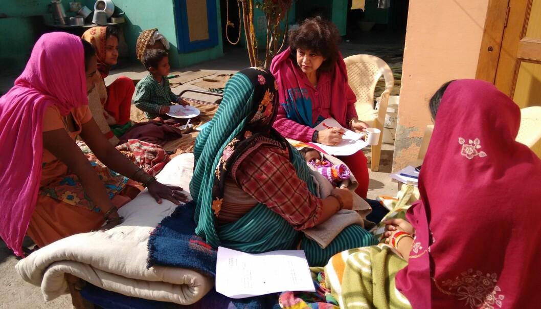 Forsker Sarmila Mazumber ved CISMAC og Society for Applied Studies, New Delhi i felt.
