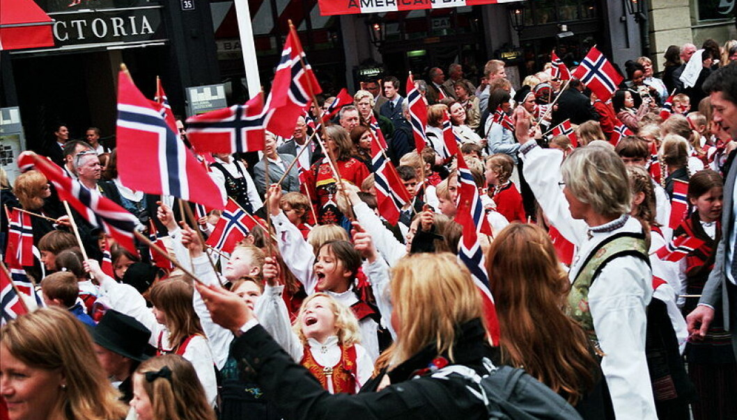 17. mai-tog i Oslo. Wikimedia commons