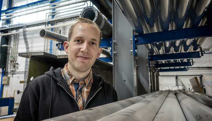 Bjørn Håkon Frodal has researched what happens in the ductile fracture process of aluminium alloys. Specifically, he studies the moldability and ability of the materials to deform without breaking.