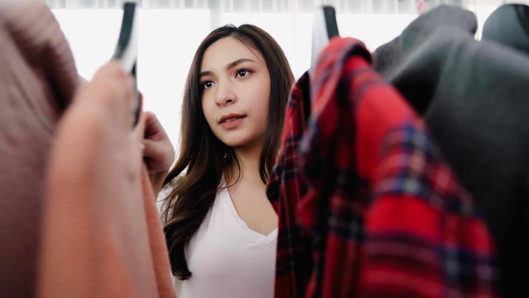 Jo mer du vet om klær, ulike tekstiler og miljømerking, jo mer fornuftige valg kan du ta når du skal kjøpe klær.