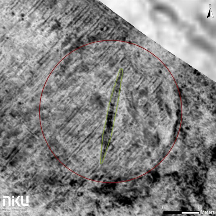 Arkeologene fra Møre og Romsdal fylkeskommune og Norsk institutt for kulturminneforskning (NIKU) brukte georadar for å finne skipet