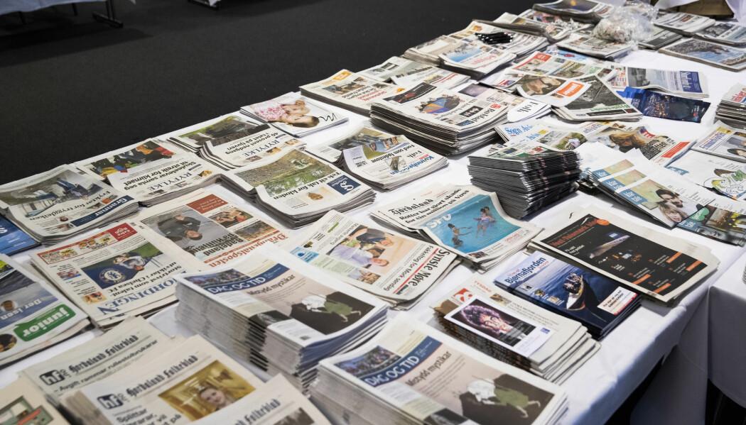 Lokale og regionale aviser skriver svært lite om religion og livssyn, viser en studie.