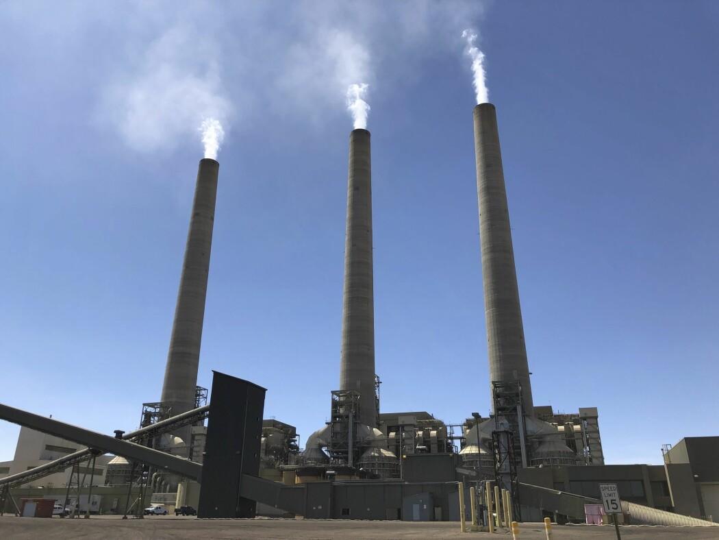 Et kullkraftverk i den amerikanske delstaten Arizona som etter planen skal stenge i løpet av året. Kullkraft er en av de største kildene til utslipp av CO2.
