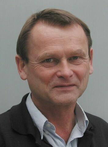 """""""Jeg har sett mange tape store sumemr ved kortbordene, sier Kjell Stordahl."""""""