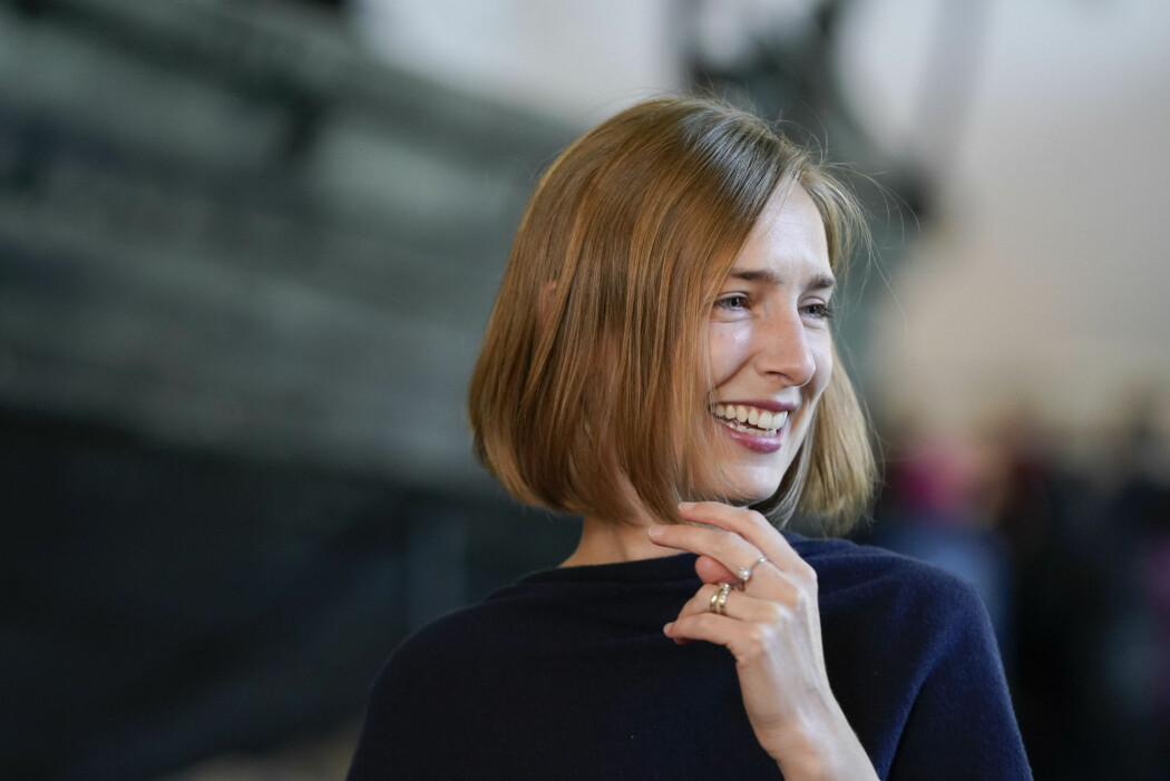 Forsknings- og høyere utdanningsminister Iselin Nybø (V) vil ha ned andelen midlertidige stillinger i universitets- og høyskolesektoren.