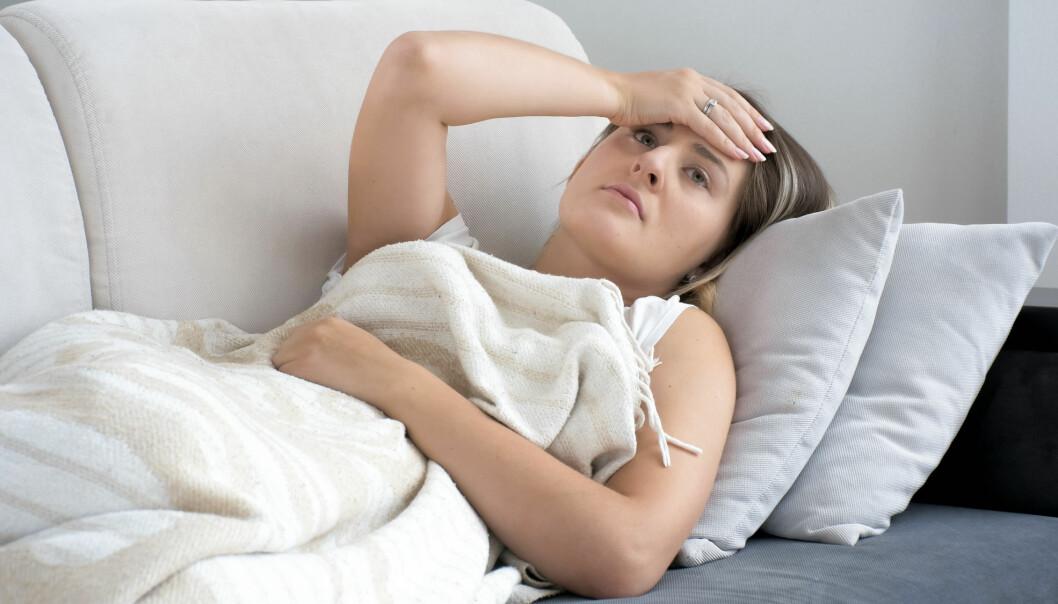 Nye undersøkelser viser at kvinners gjennomsnittlige årlige sykefravær ligger på 16 dager, mot menns 8 dager.