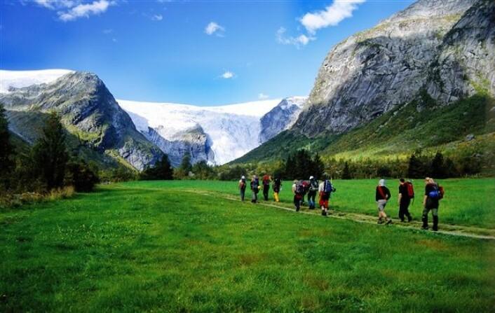 Brevandring i Jostedal (Foto: Anders Gjengedal/Innovation Norway)