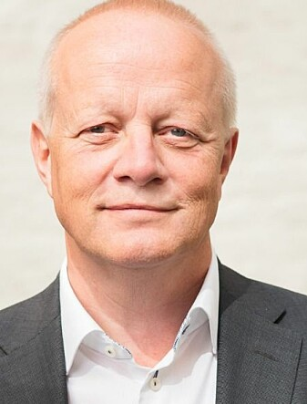 Pål S. Øverby mener at de over 60 har gitt helt opp å søke seg en lederjobb i Norge.