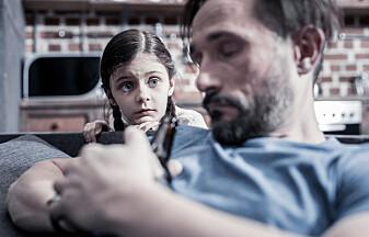 – Foreldre bør ikkje drikke seg fulle når dei er saman med barna